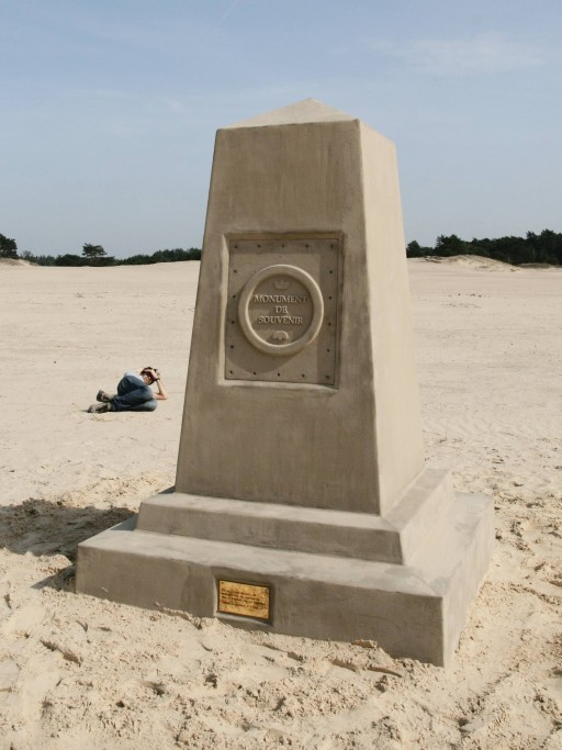 Monument de souvenir, in situ, Hulsthorsterzand, Veluwe, 2010, front